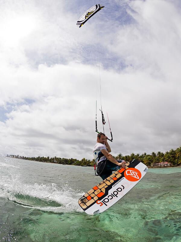 твинтип кайтборд RADICAL5 Flysurfer
